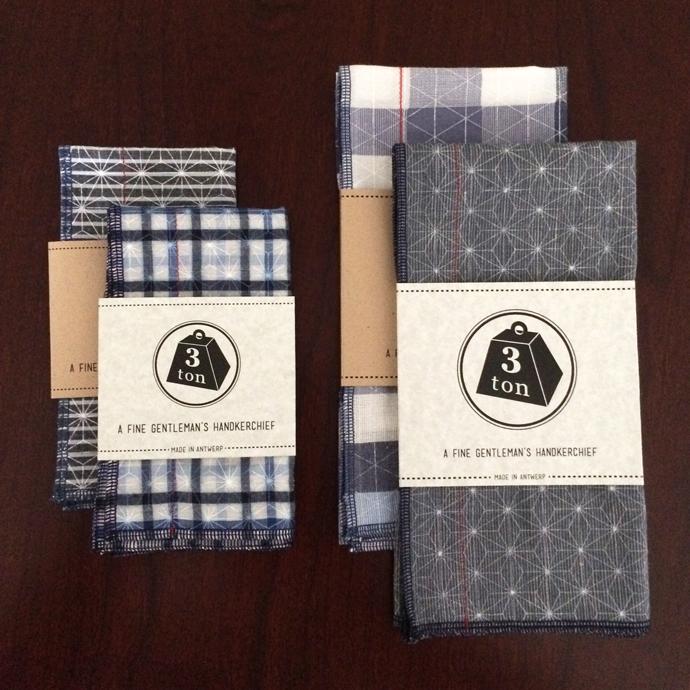 Handkerchief photo 2 Sizes b